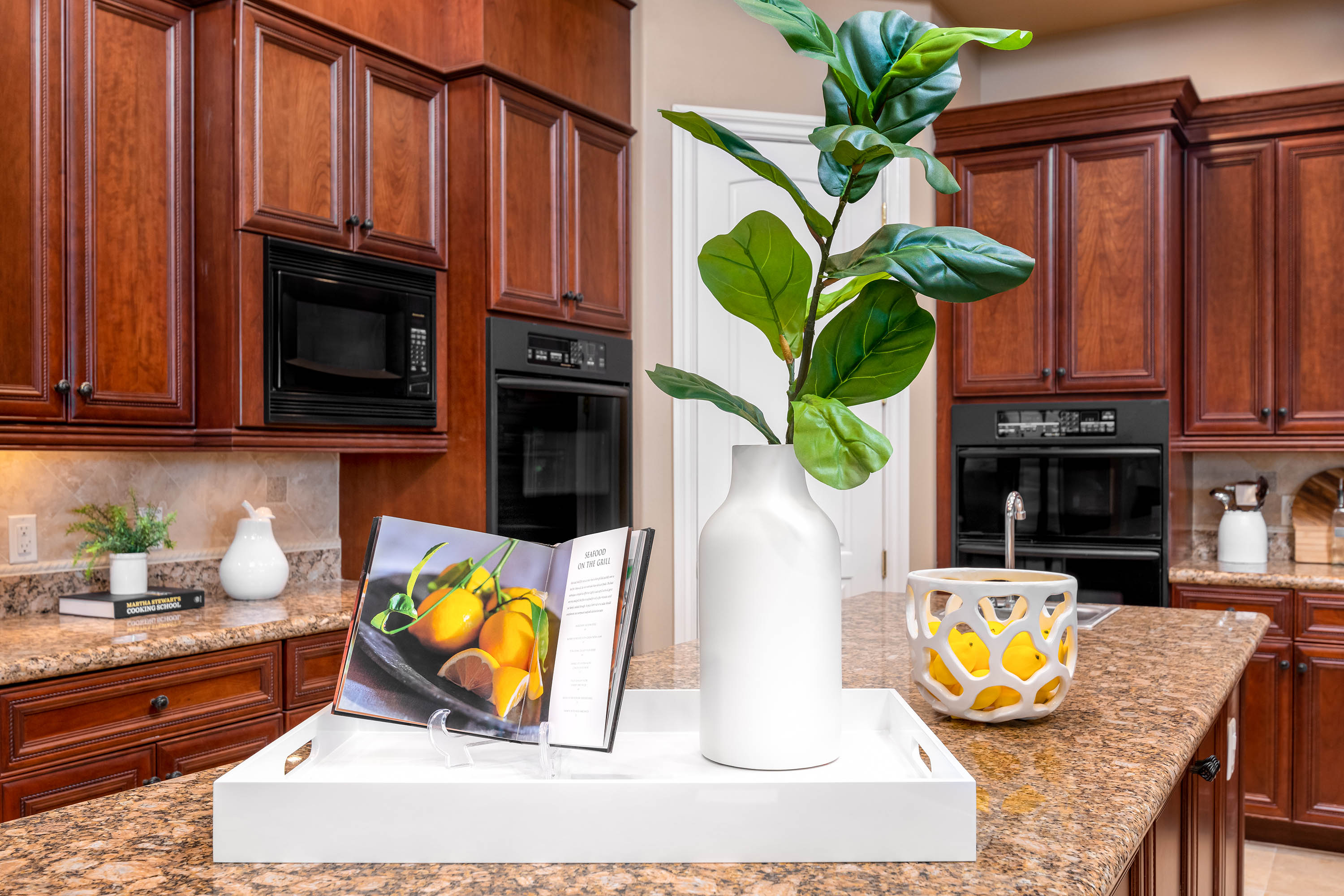 Stately_Home_Staging-2297_FA-013-Kitchen.jpg